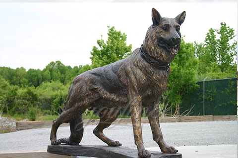 Custom life size bronze dog sculpturesCustom life size bronze dog sculptures