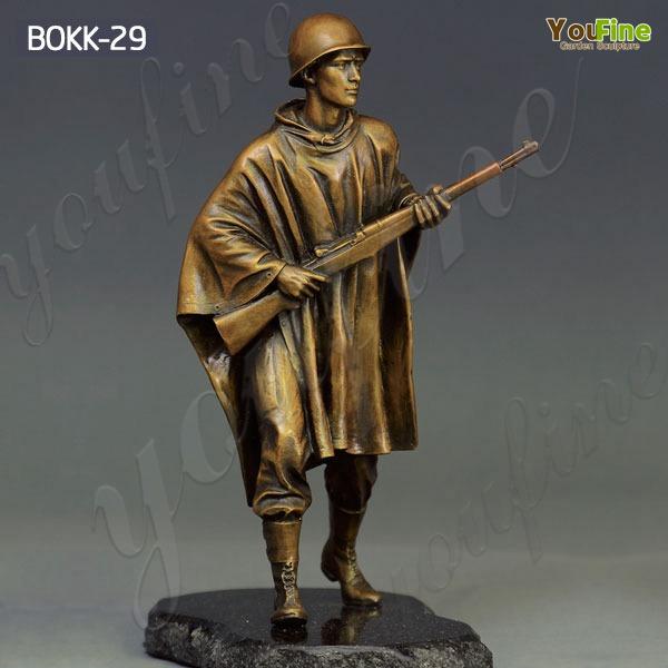 Outdoor Life Size Bronze Memorial Soldier Sculpture Supplier